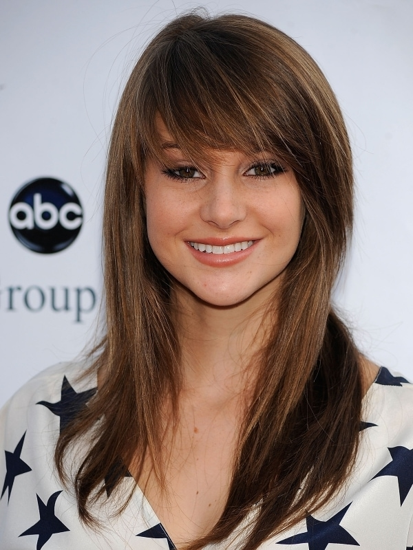 Long Hairstyles For Women With Bangs