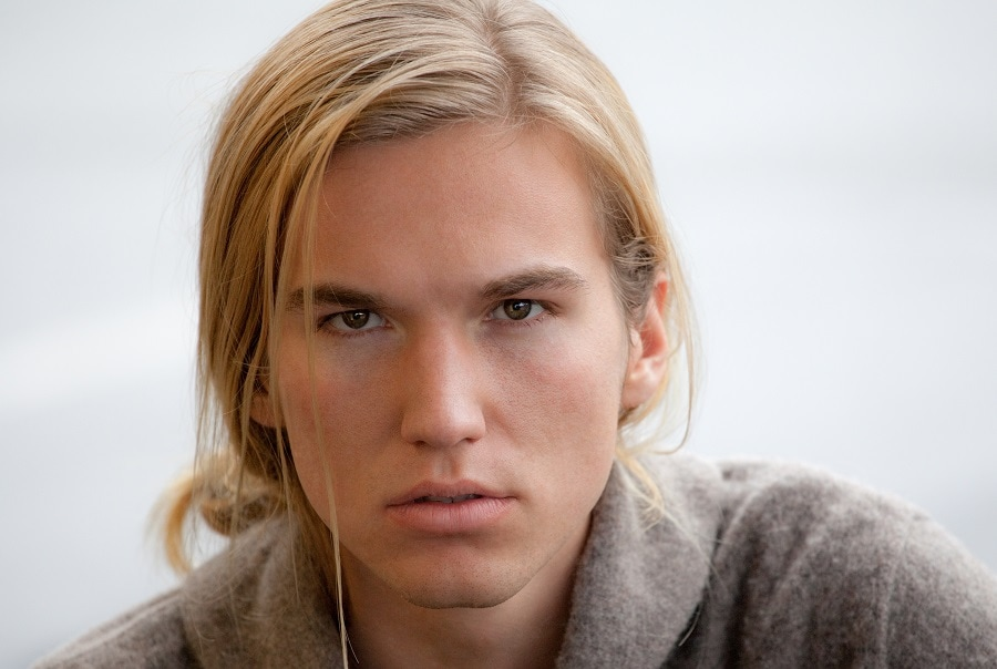 mens long blonde hair with side part
