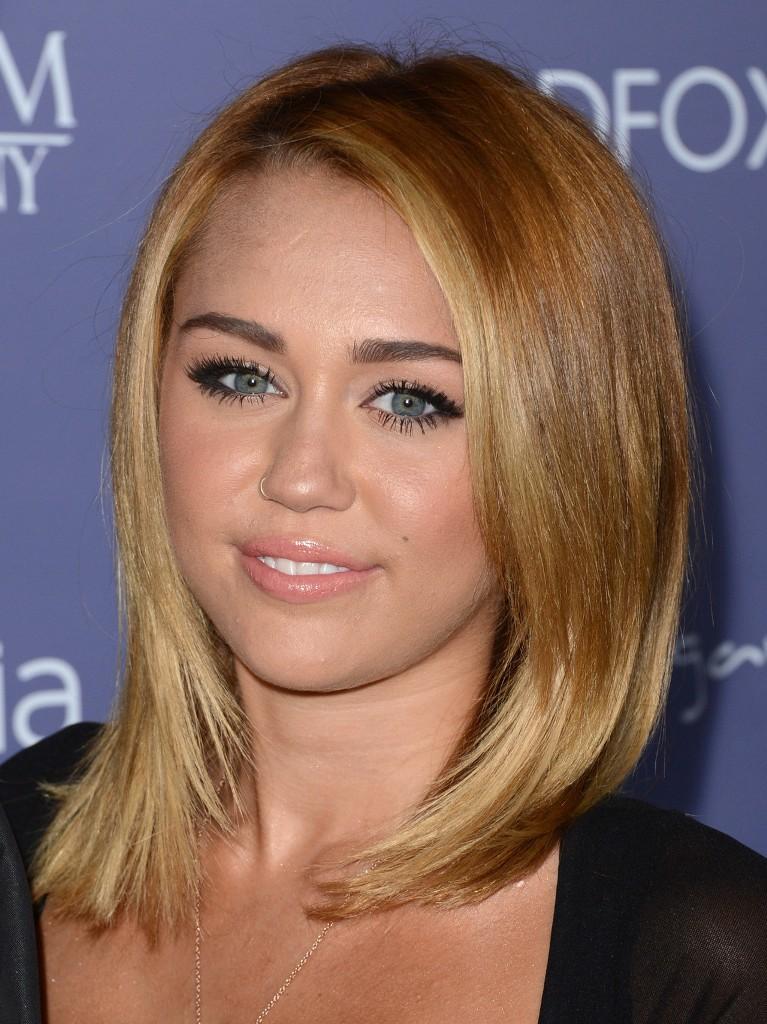 Blonde Shoulder Length Hair