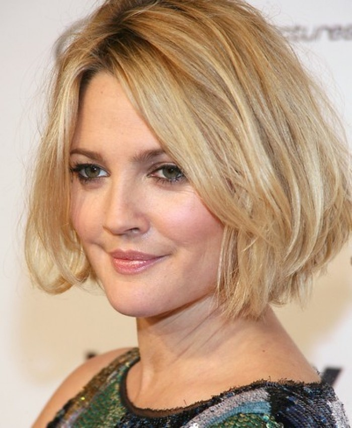 Short Hairstyles for Double Chin Faces