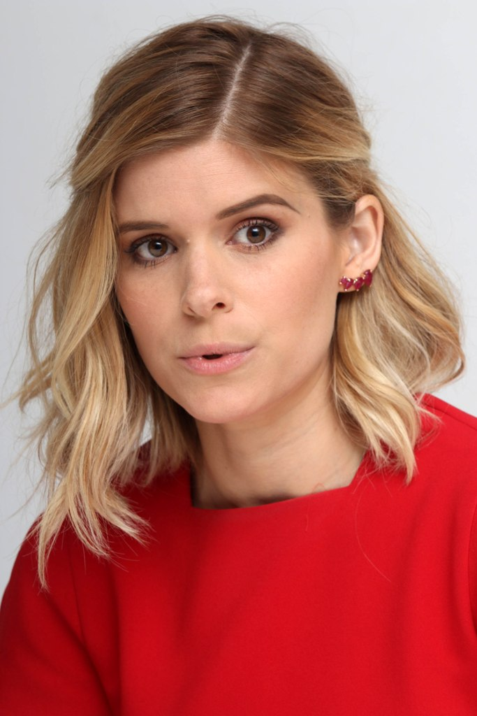 Side Part Shoulder Length Hairstyle