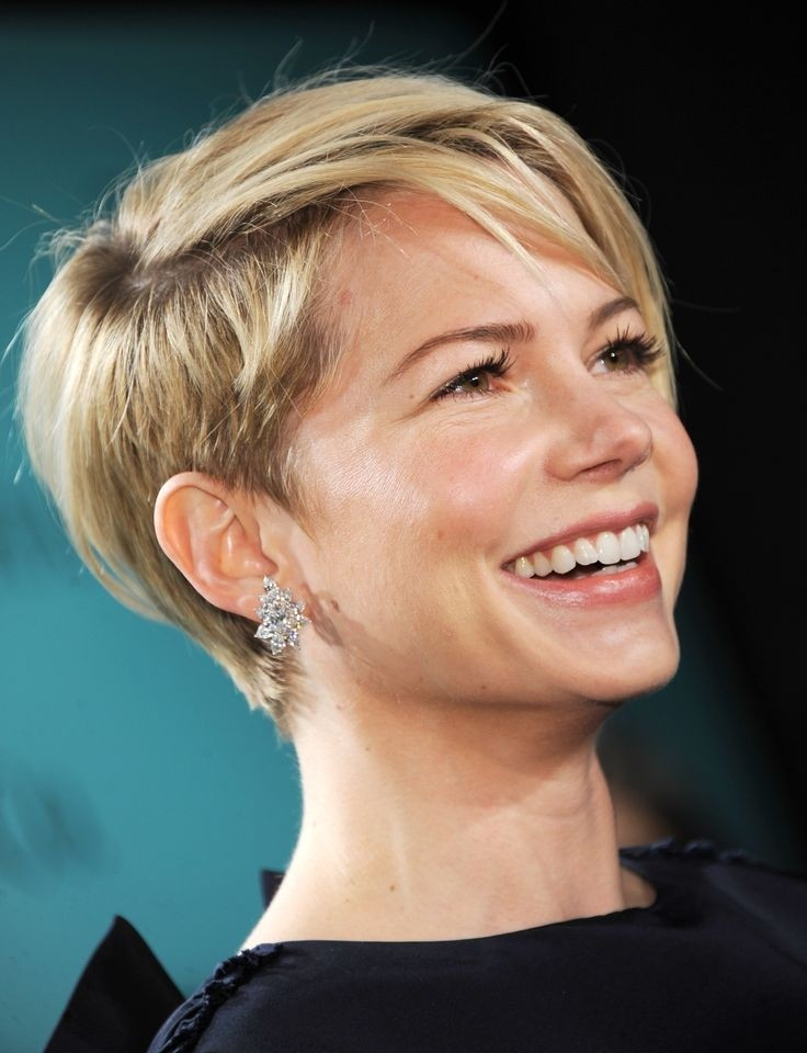 Simple Short Hairstyles For Women - 30 Easy to Manage ...