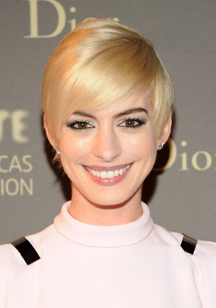 Side Short Pixie Cut Hairstyle