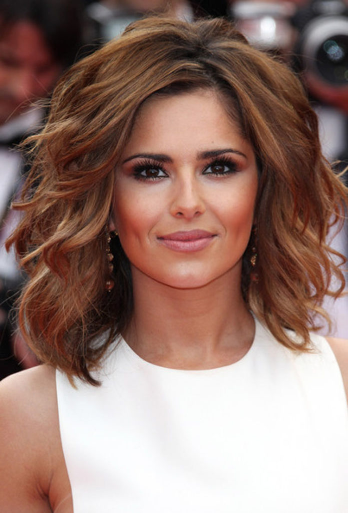 Medium Short Hairstyles For Women 30 Classy Stylish Hairstyle Ideas