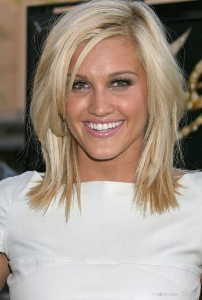 Medium Short Choppy Hairstyle