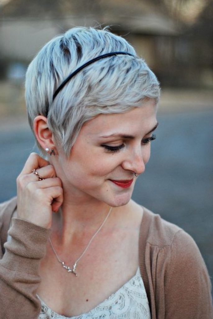 Pixie Cut Feathered Short Hairstyle
