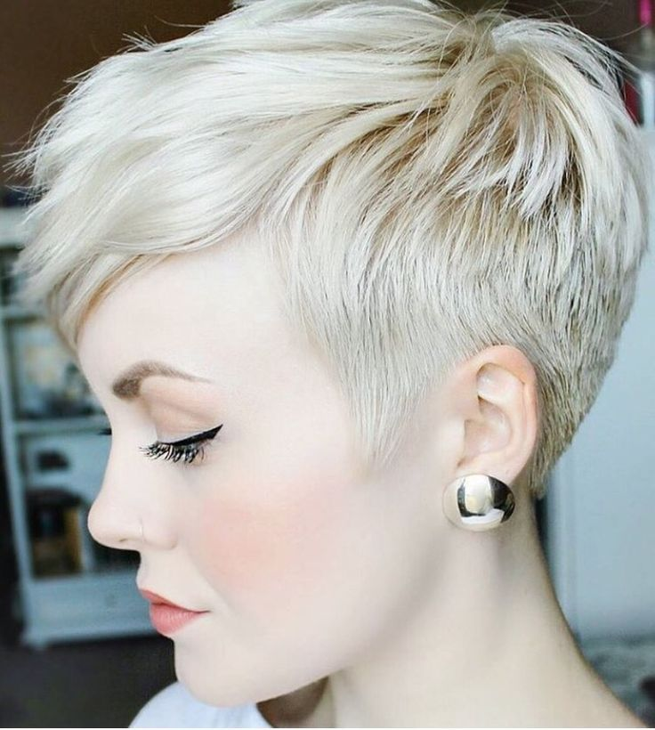 Edgy Pixie Cut Hairstyle