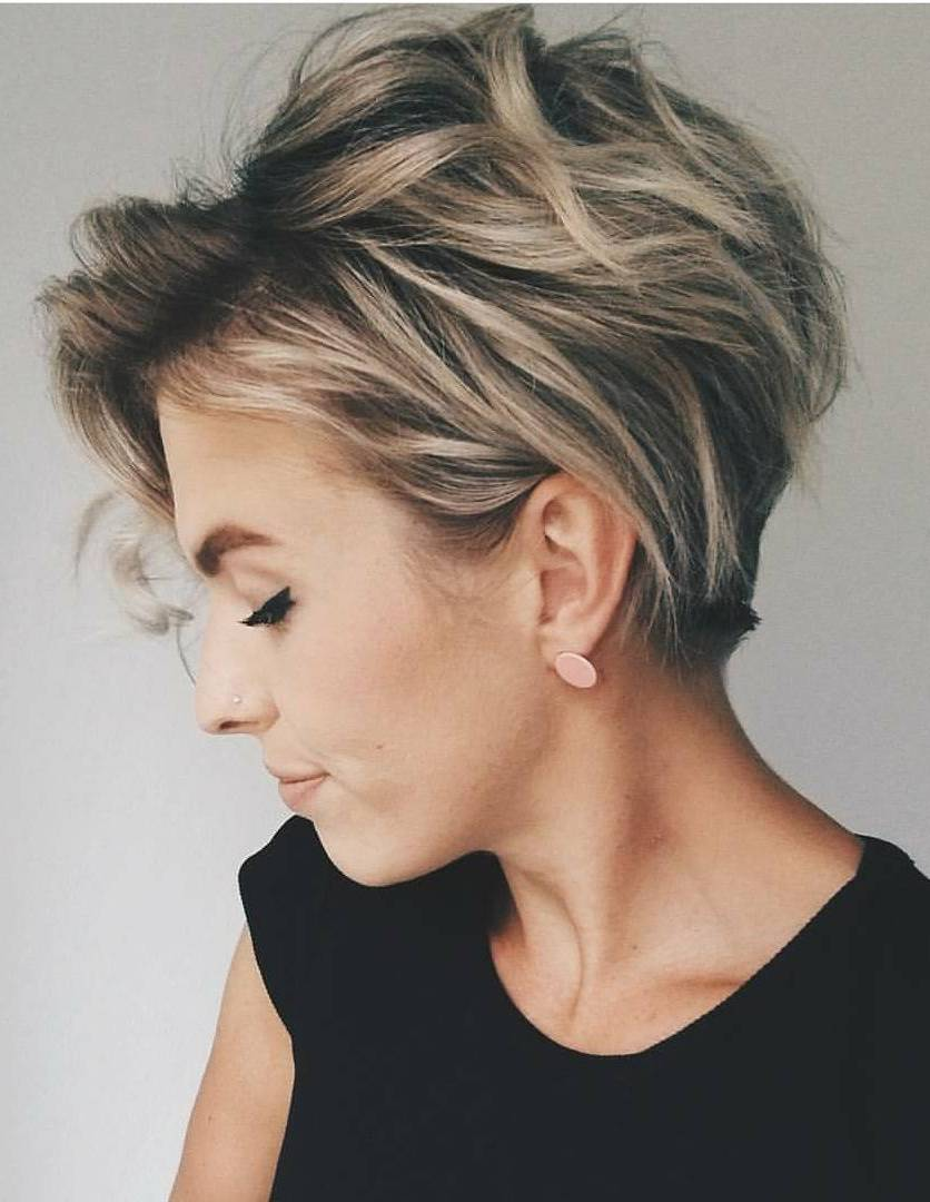 Pixie Cut Feathered Hairstyle