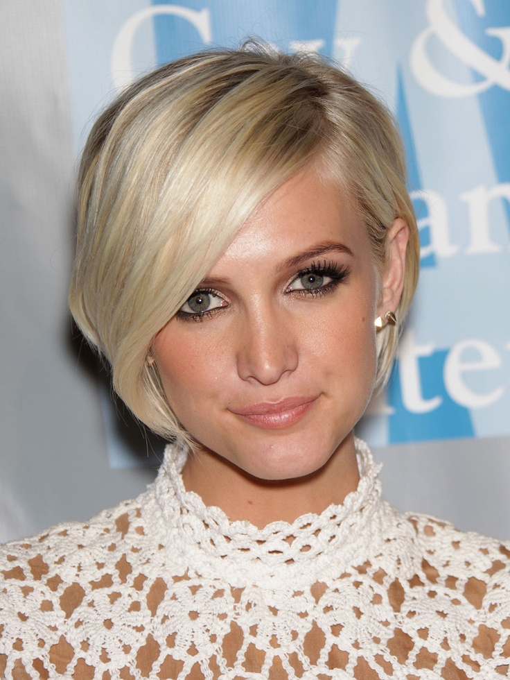 28 Beautiful Short Hairstyles For Oval Face Women Hairdo Hairstyle