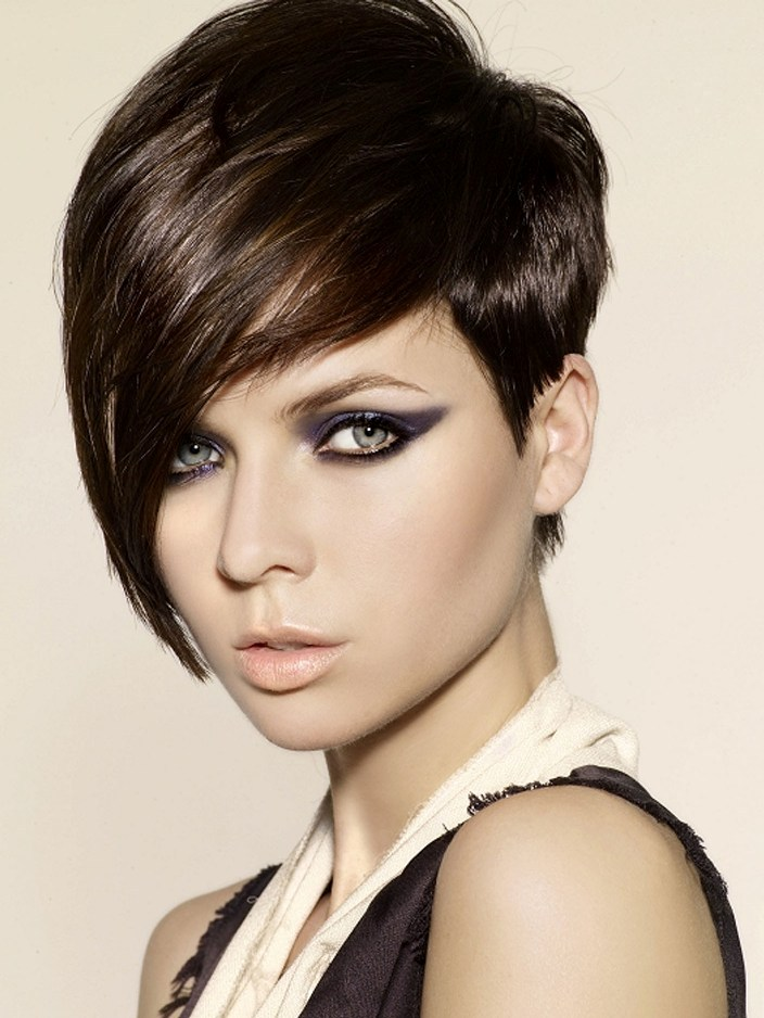 Razor Cut with Side Bangs