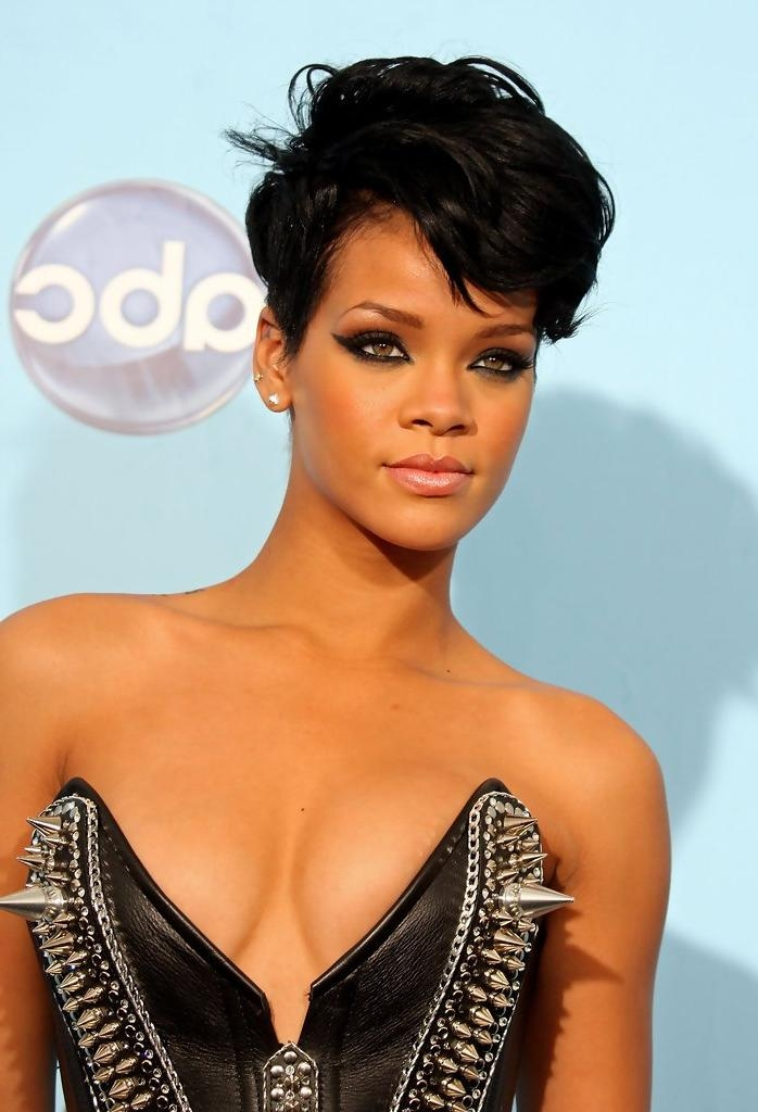 Short Hairstyles For African American