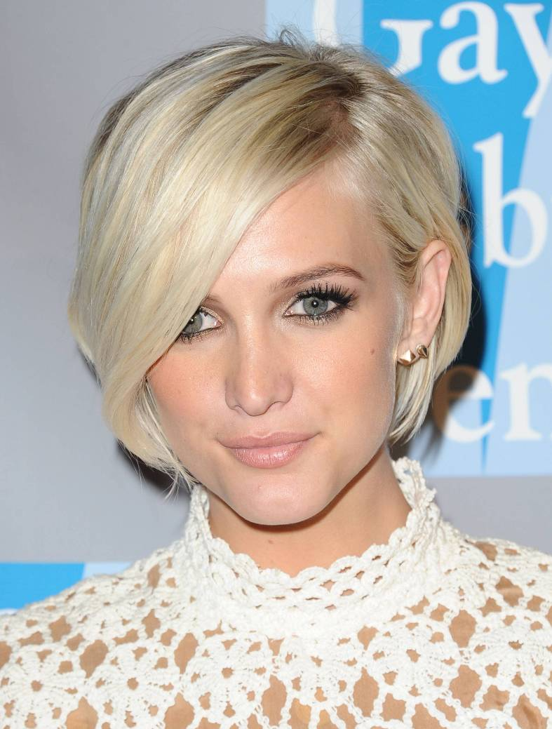 Sleek Side Part Hairstyle with Fringe