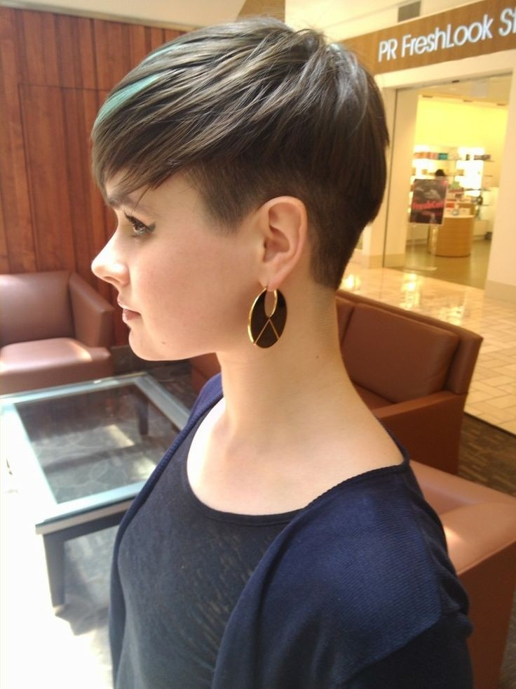 Undercut Short Hairstyles 15 Unique Classy Haircuts For Women