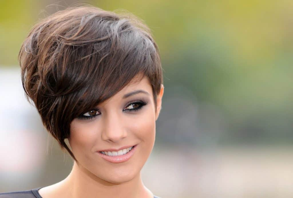 15 Gorgeous Razor Cut Short Hairstyles For All Types Of