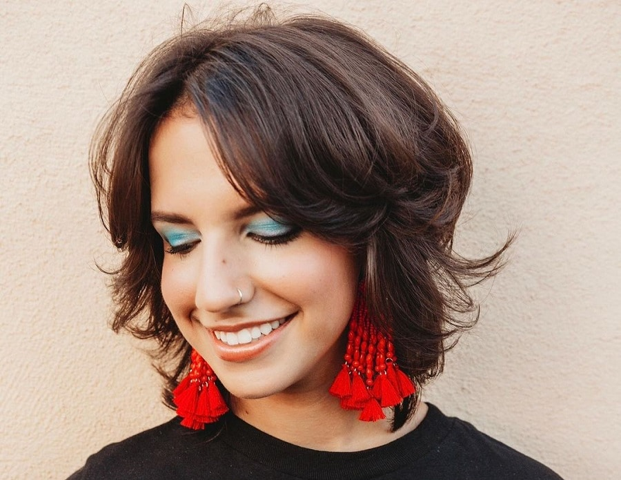 short feathered bob hairstyle