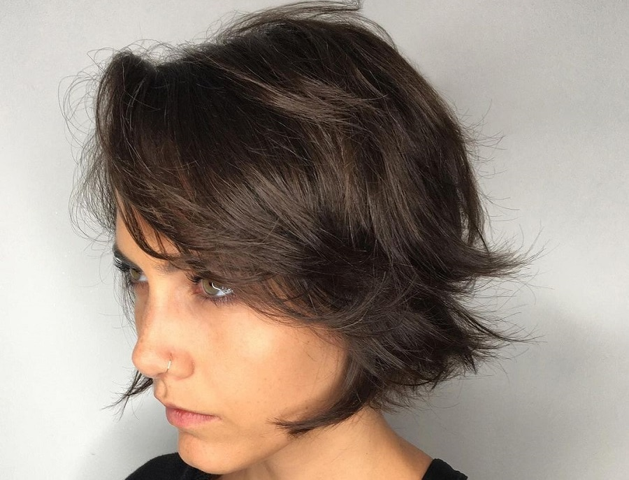 short feathered hairstyle