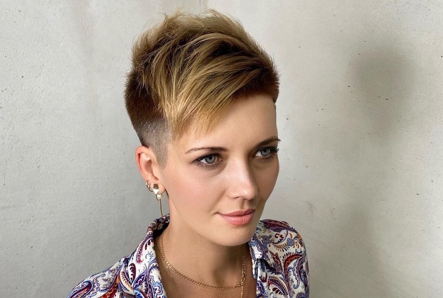 short pixie with blonde highlights and undercut