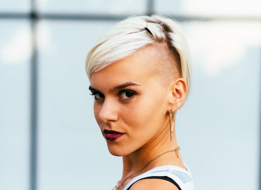 platinum blonde short hair with undercut