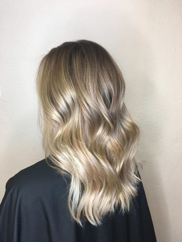 30 Blonde Medium Hairstyles Ideas For Women Hairdo Hairstyle