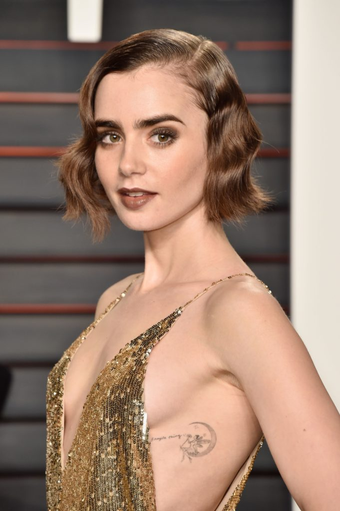 Side Part Finger Wave Short Hairstyle