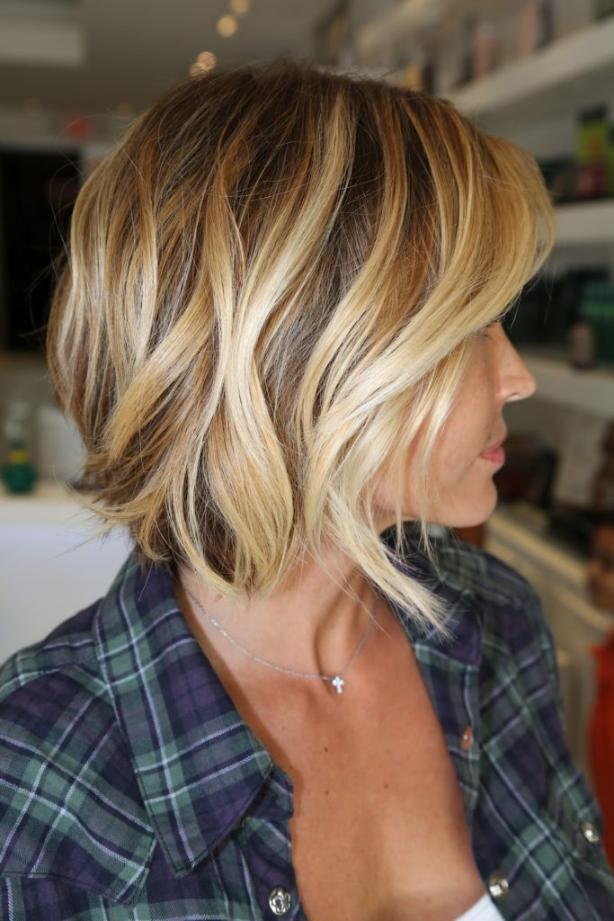Wavy Inverted Bob Short Hairstyle
