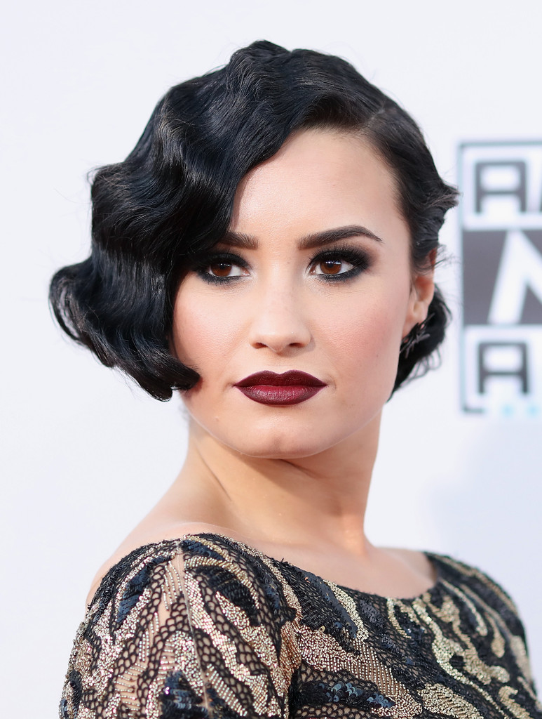 Finger Wave Bob Hairstyle