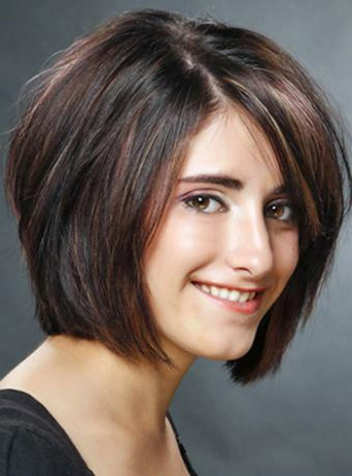 30 Short Hairstyles For Teenage Girl To Add Glamour To Your Personality