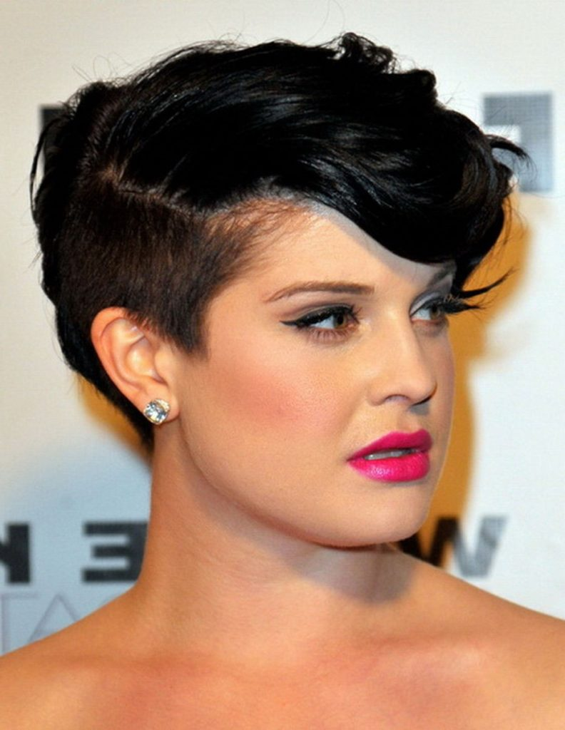 Mohawk Short Hairstyle For Round Face