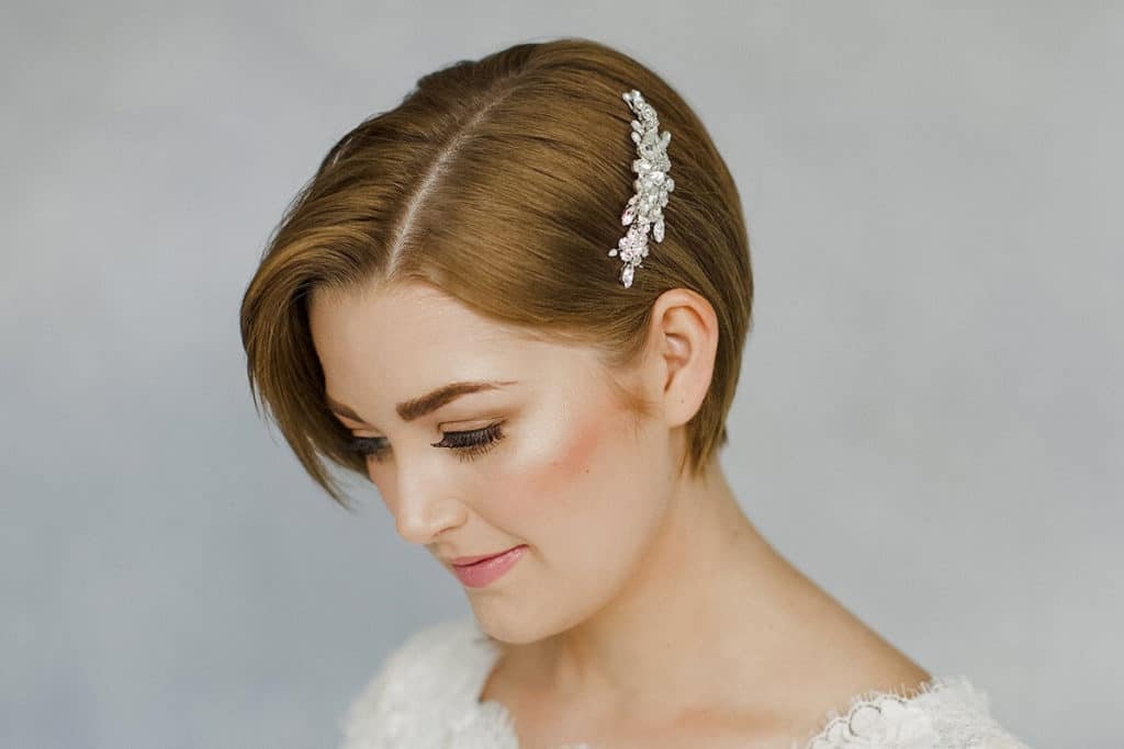 20 Short Hairstyles For Wedding That Will Suits Your