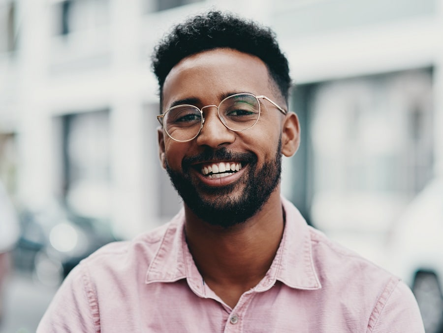 afro hairstyle for men with glasses