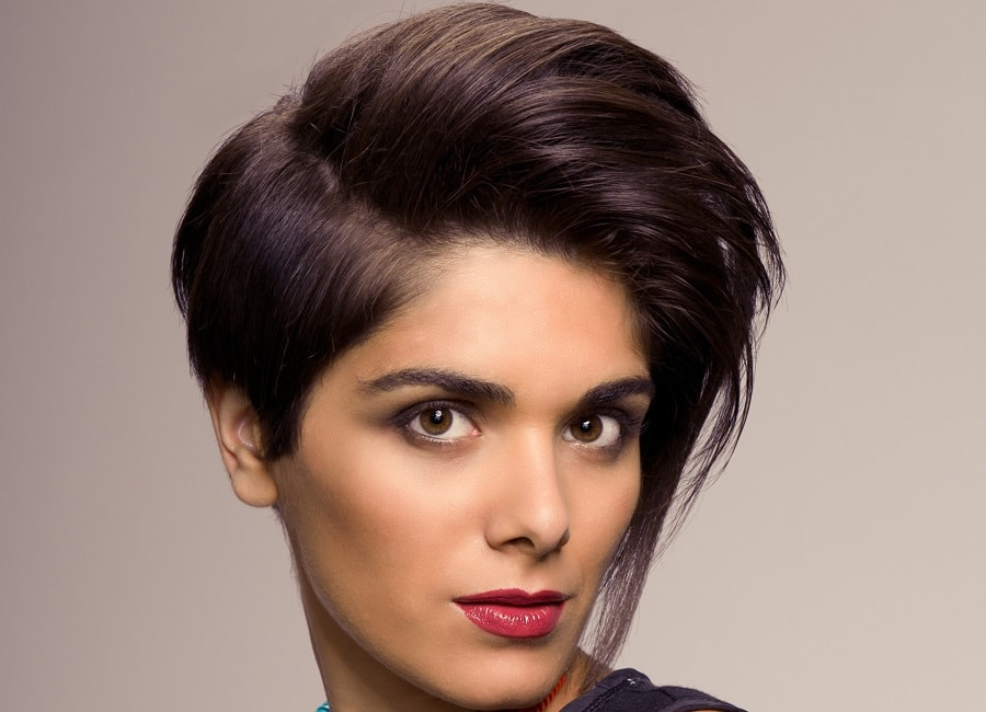 tapered short haircut for women