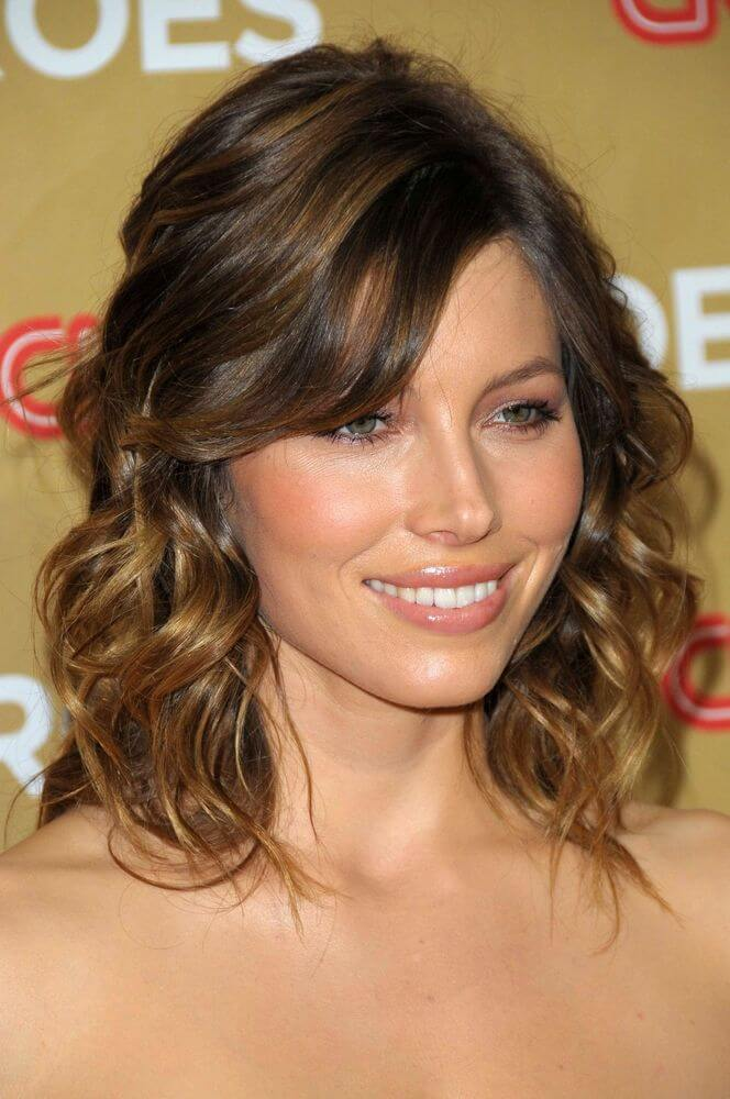 Medium Curly Hairstyles