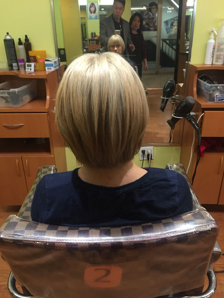 Blonde Bob Cut Hair