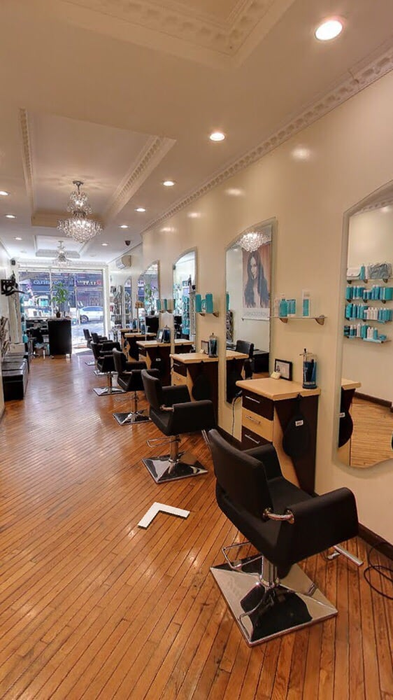 Davida Salon