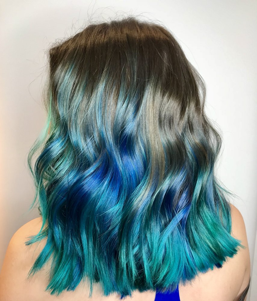 Hairstyle with Green and Blue Color