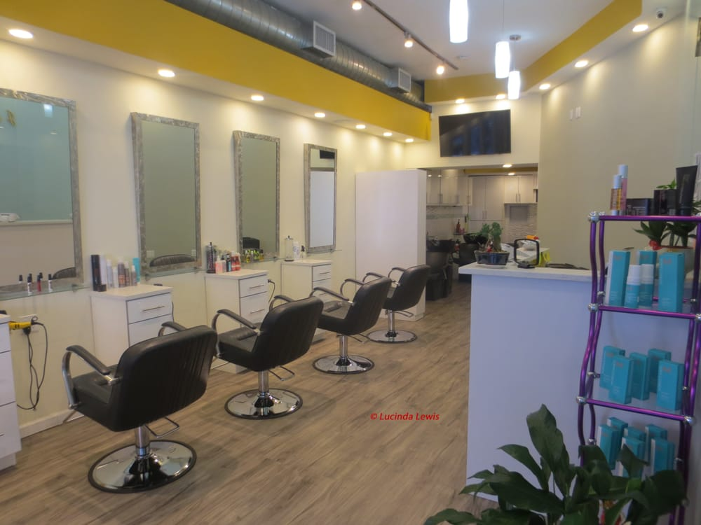 J & E Hair Salon