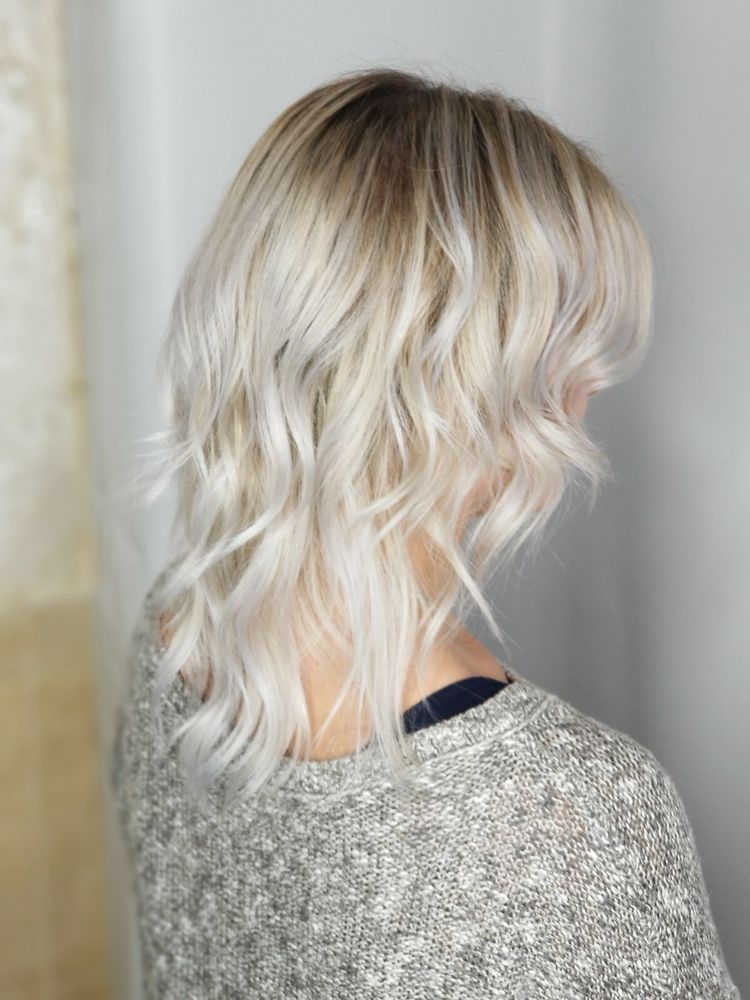 Platinum Choppy Short Hairstyle