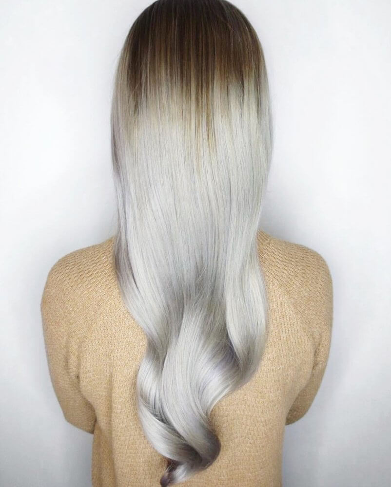 Platinum Long Retro Hairstyle