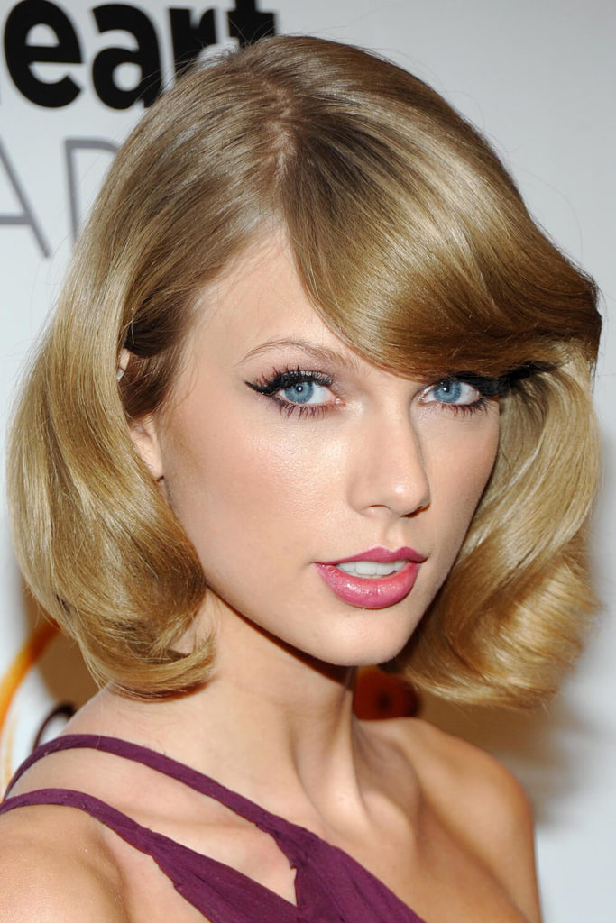 taylor swift hair taylor swift hairstyles different looks sported by swift