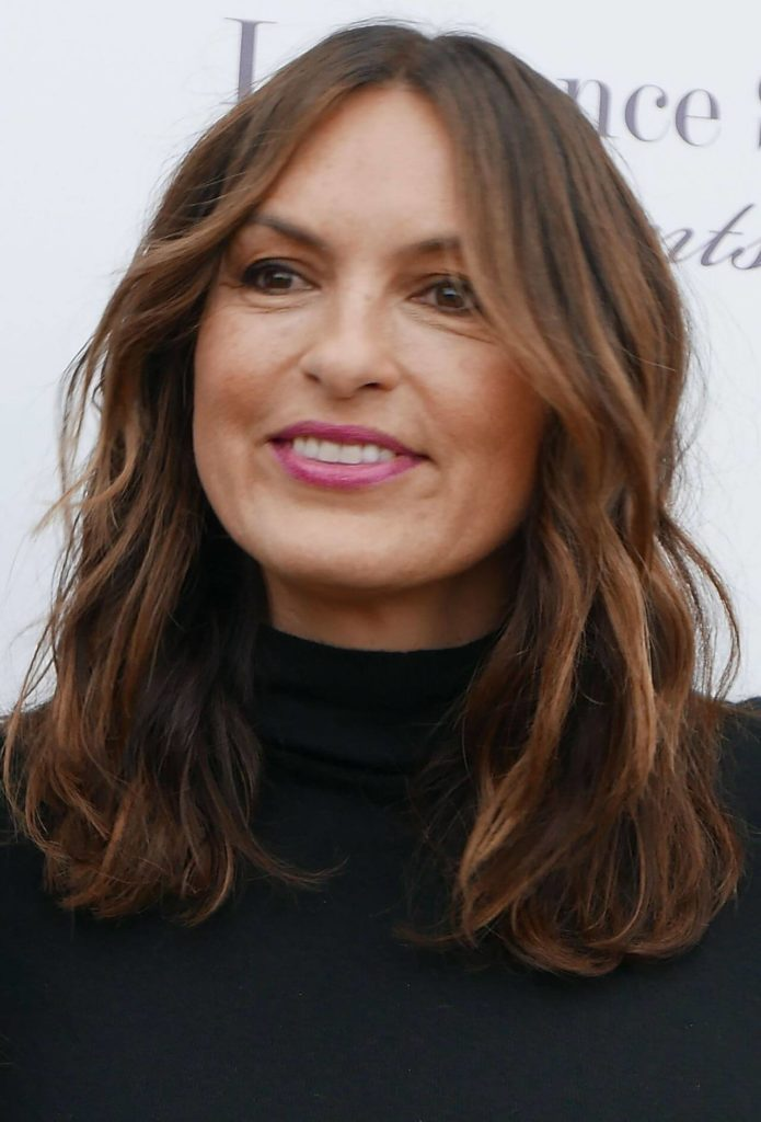50 Alluring Brunette Hairstyles for Women Over 50