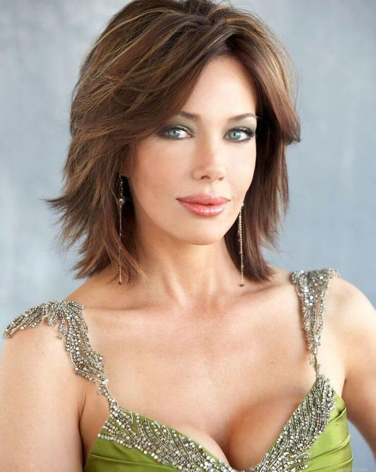 Short hairstyle with waves