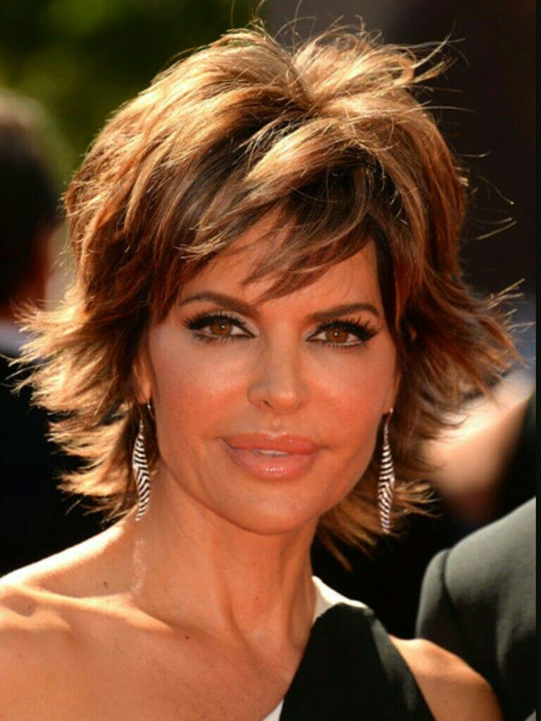 Impressive Layered Hairstyles For Women Over