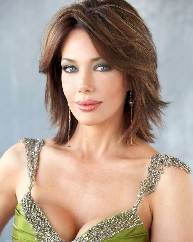 50 Impressive Layered Hairstyles for women over 50