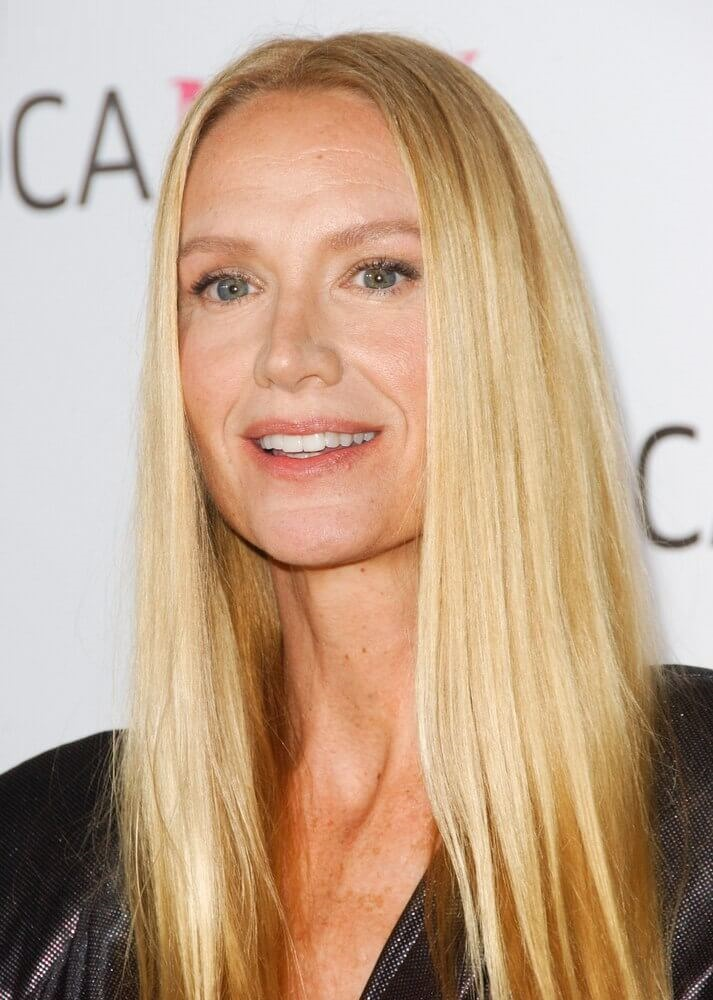 Long Straight Hairstyle With Light Golden Blonde Hair Color