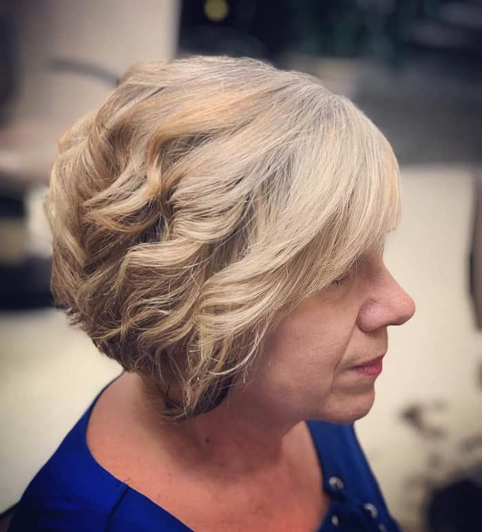 wavy blonde layers for women over 50