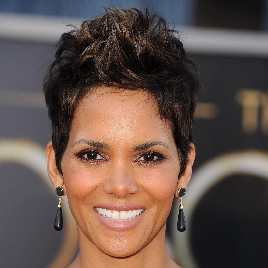 Natural Hairstyles for Women Over 50