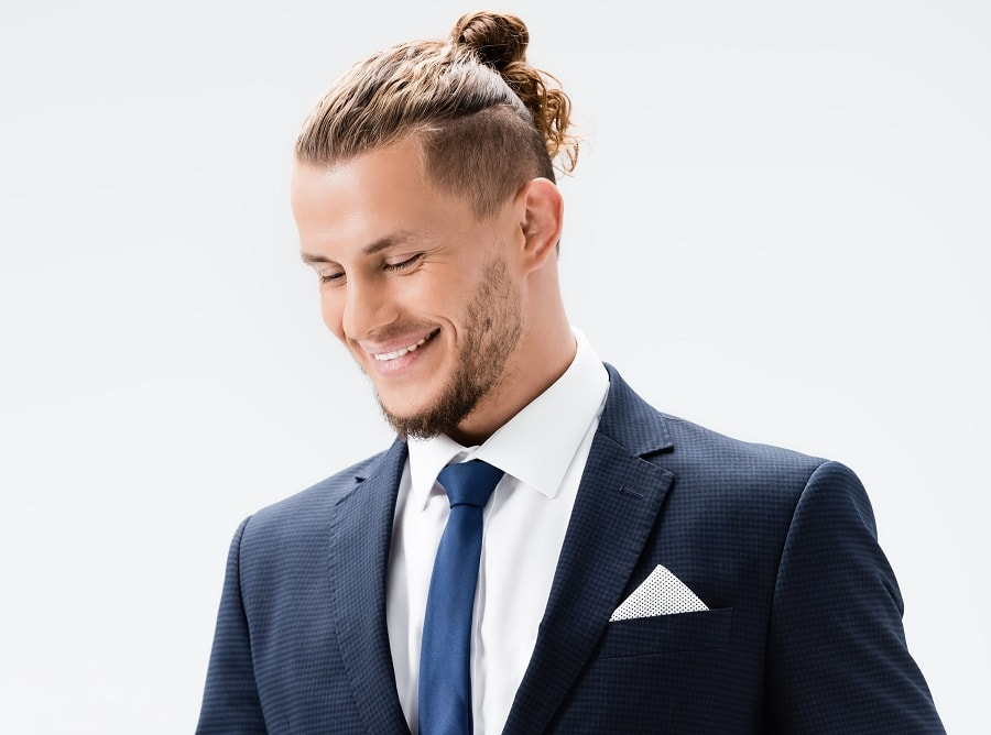 samurai hairstyle for curly hair