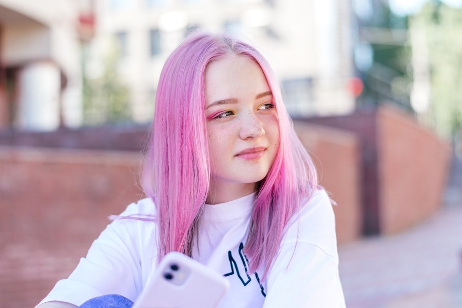 straight pink hair for light brown eyes