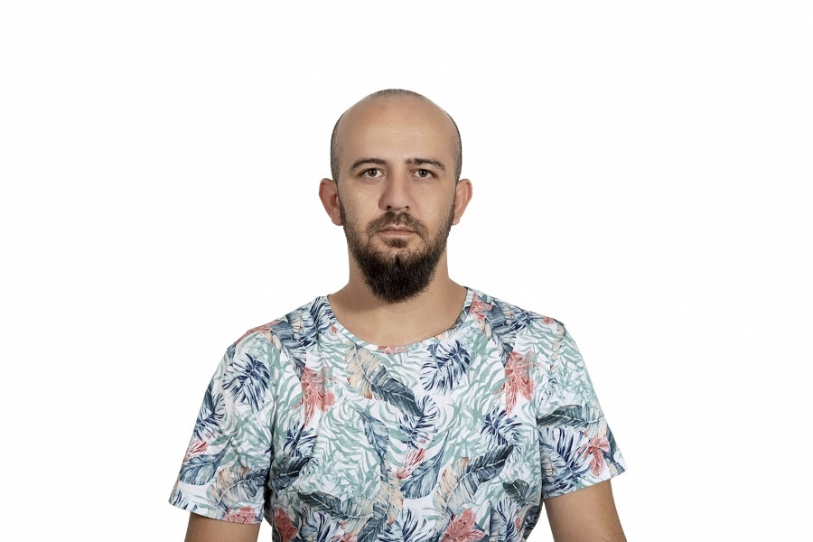 bald guy with thick beard