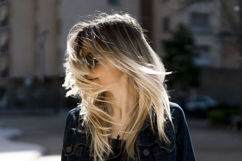 Tips To Get Rid Of White Hairs